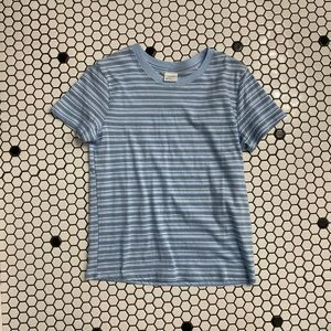 NWT essentials by full tilt t shirt size small